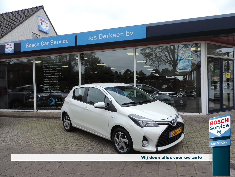 Toyota Yaris 1.5 hybrid lease automaat - nav