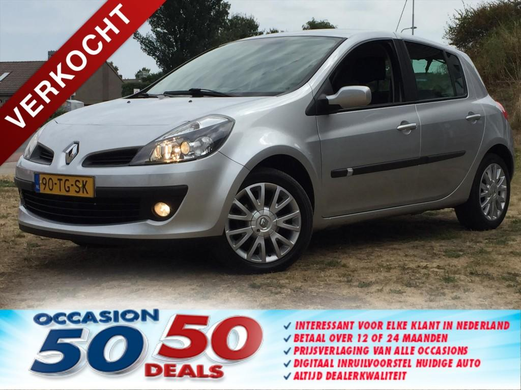 Renault Clio 5drs 1.6 16v privilege - 120dkm - keurig
