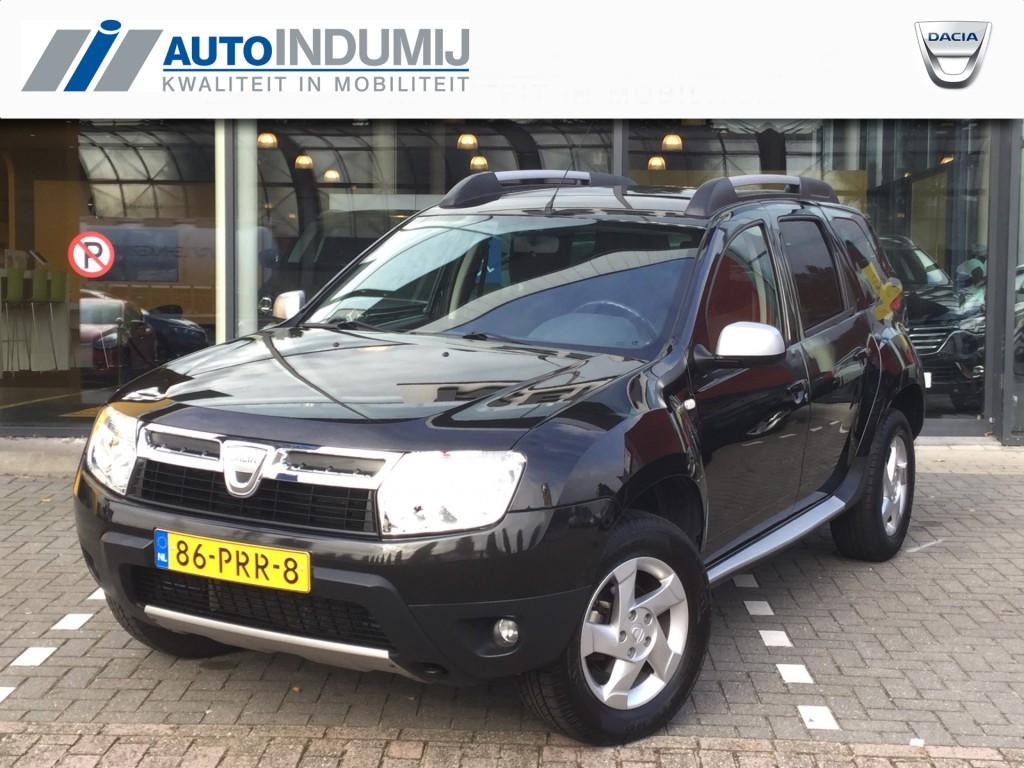 Dacia Duster 1.6 16v laureate 2wd / trekhaak / parkeersensor / weinig km