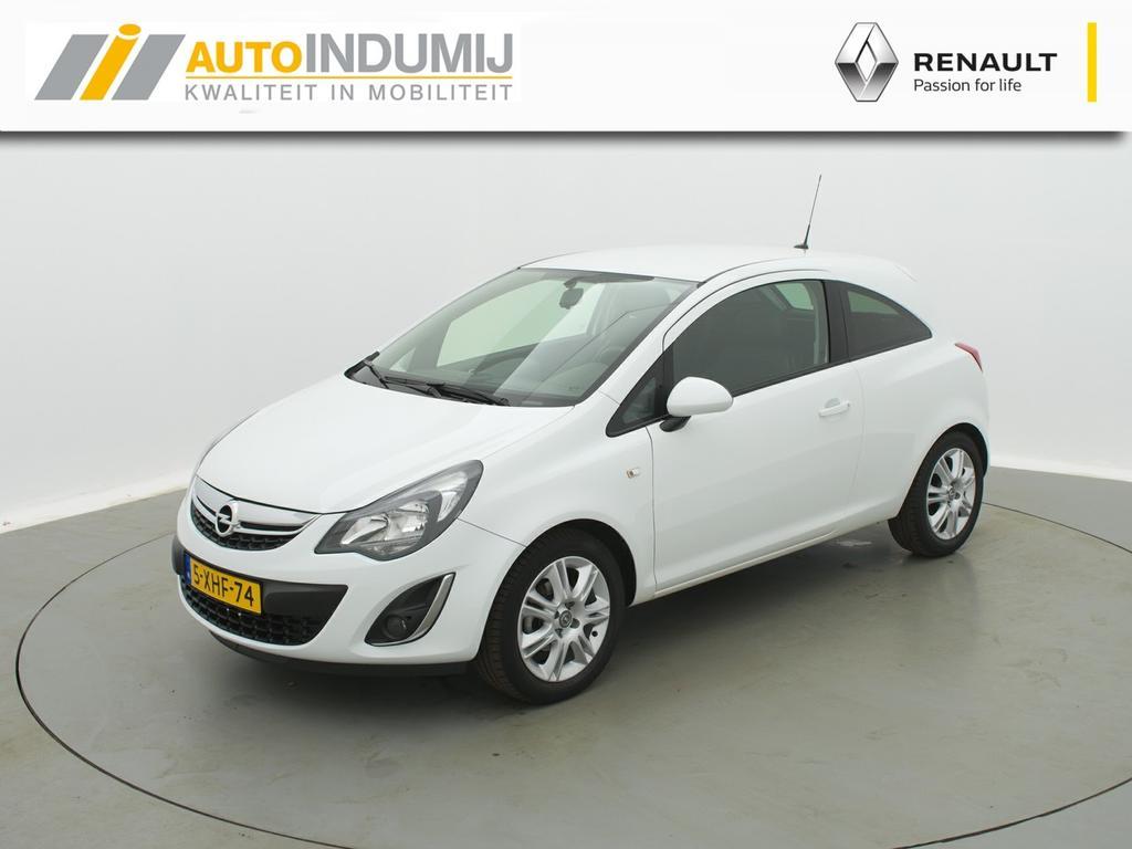 Opel Corsa 1.4-16v blitz / navigatie / trekhaak!