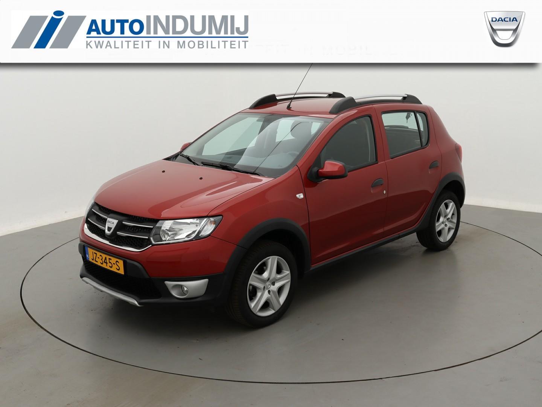 Dacia Sandero Tce 90 stepway lauréate / navigatie / parkeersensoren achter!