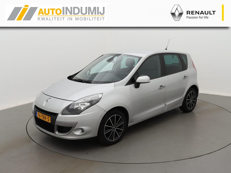 Renault Scénic Tce 130 parisienne / navigatie / parkeersensoren achter / trekhaak!