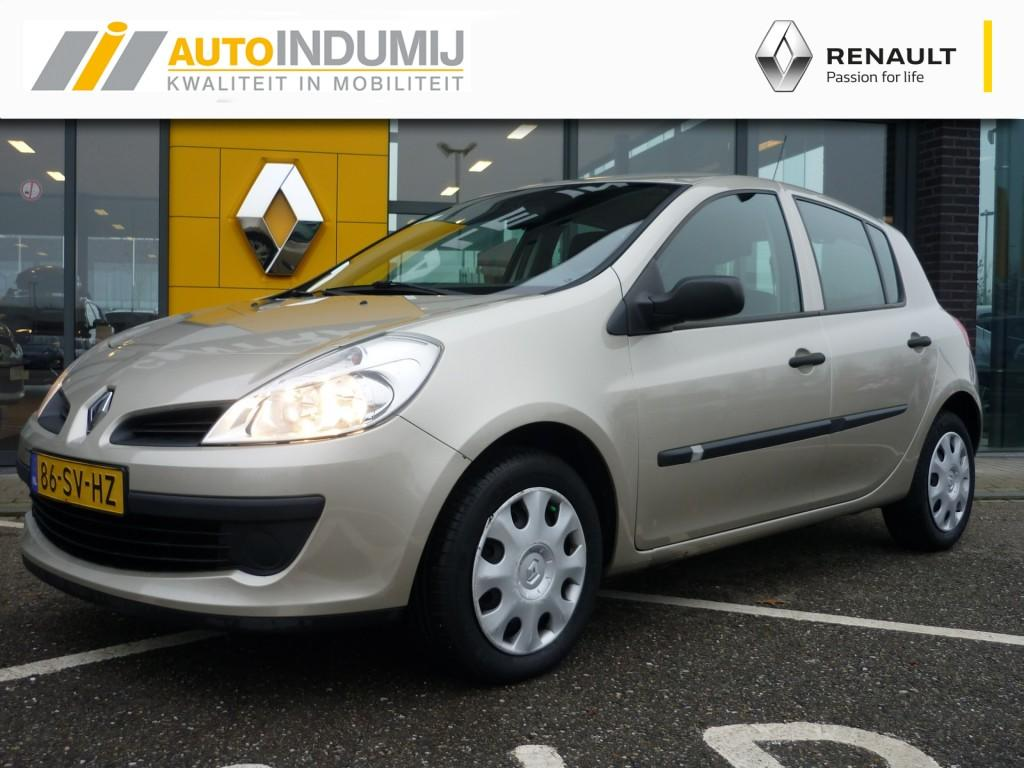 Renault Clio 1.4-16v expression // airco