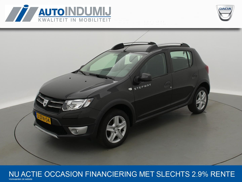 Dacia Sandero Tce 90 stepway lauréate / stoerste sandero van nl! // navi / bluetooth / airco