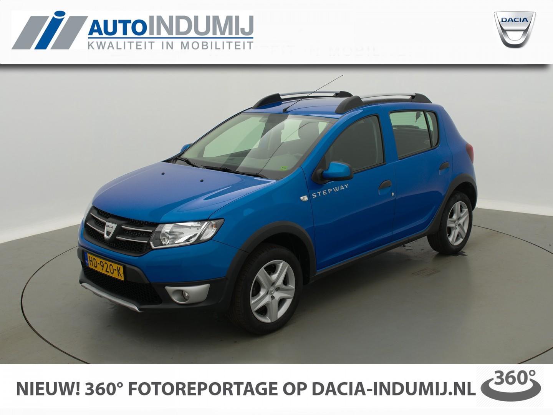 Dacia Sandero Tce 90 stepway lauréate / actie! // navi / airco / bluetooth