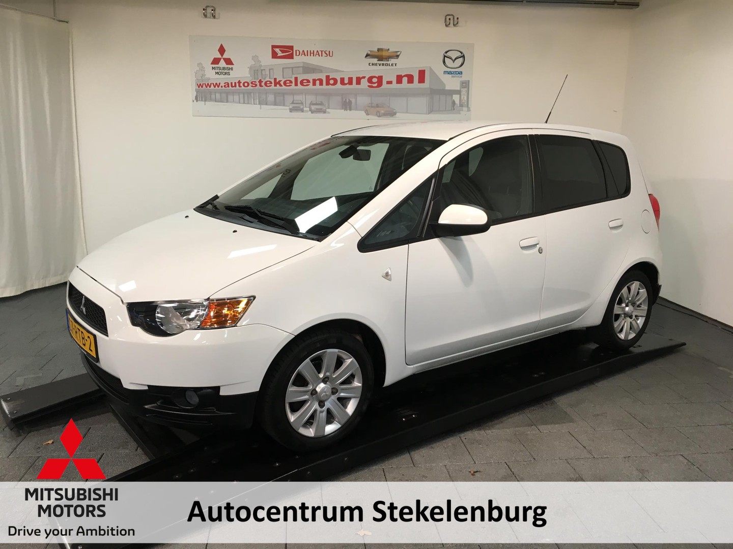 Mitsubishi Colt 1.3 edition two trekhaak, parkersensoren