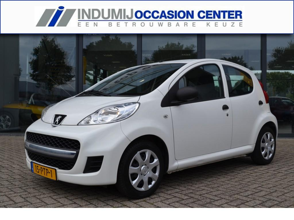 Peugeot 107 1.0-12v accent 5drs. // airco / radio cd-mp3