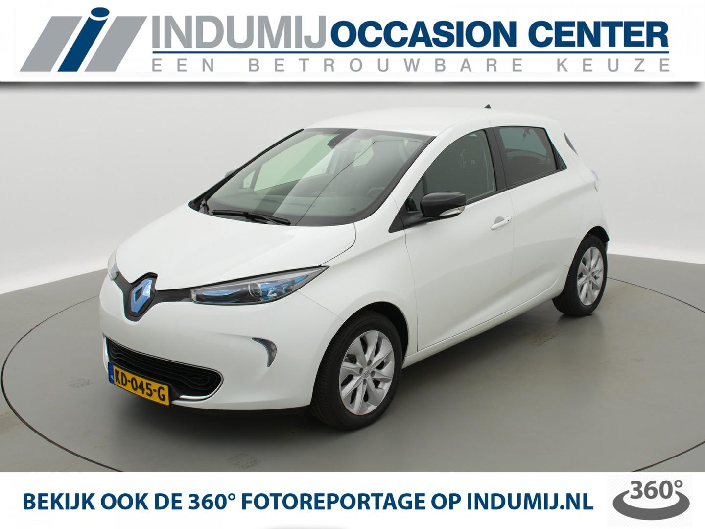 Renault Zoe Q210 zen quickcharge 22 kwh (ex accu) automaat // navi / camera / climate control / keyless