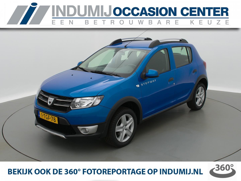Dacia Sandero Tce 90 stepway lauréate // navi / airco / parkeersensoren