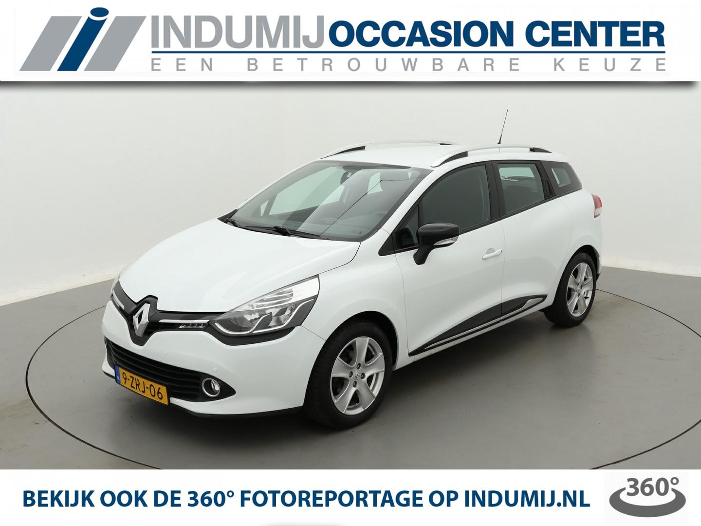 Renault Clio Estate tce 90 expression // navi / parkeersensoren voor + achter / airco / cruise