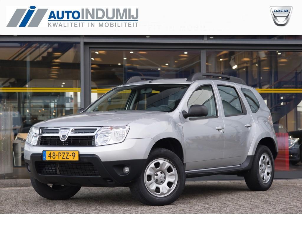 Dacia Duster 1.6 16v lauréate / airco / radio / trekhaak