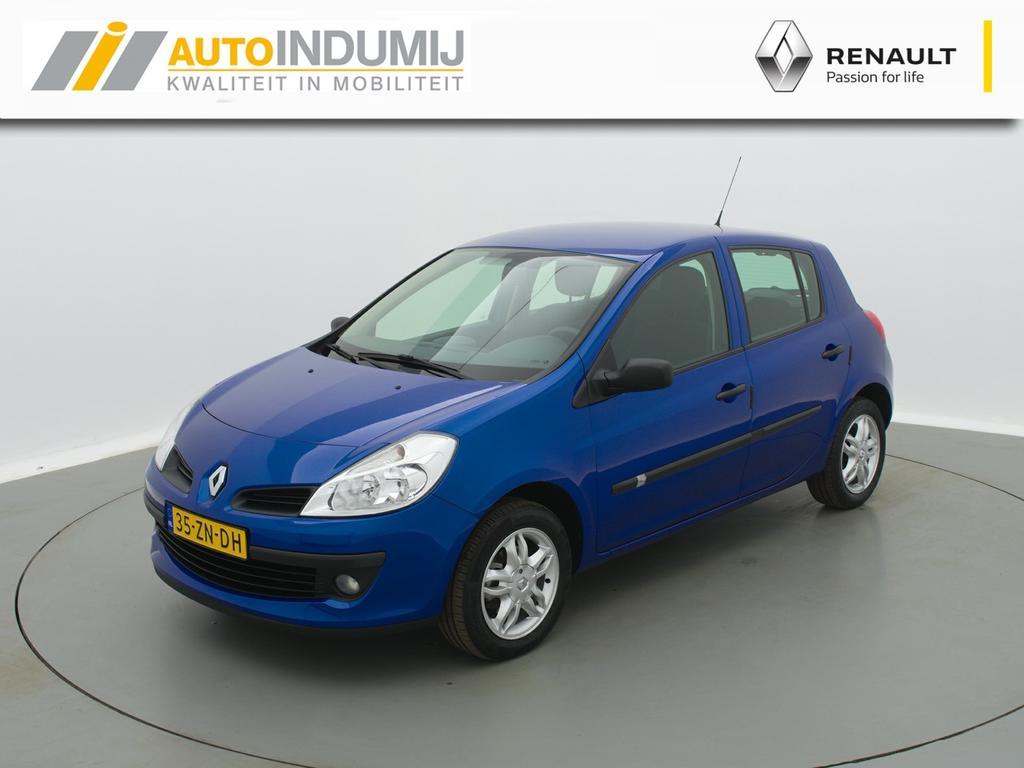 Renault Clio Tce 100 expression / airco / lichtmetalen velgen / dealeronderhouden !!