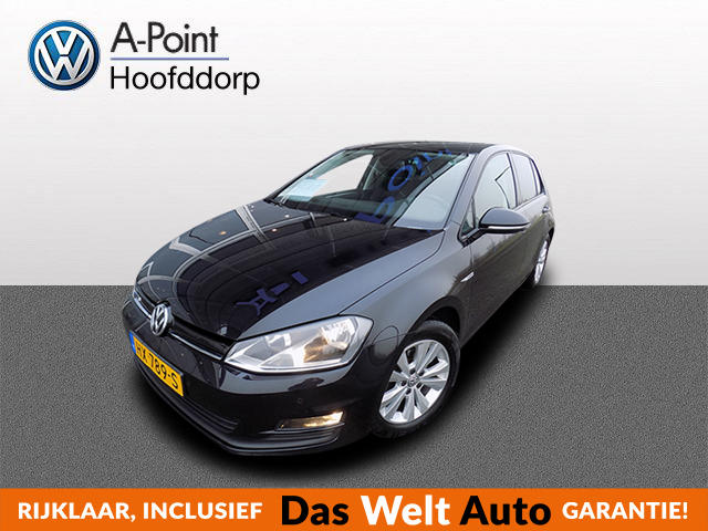 Volkswagen Golf 1.0 tsi 115pk 6bak business edition (alarm dab+ navigatie)