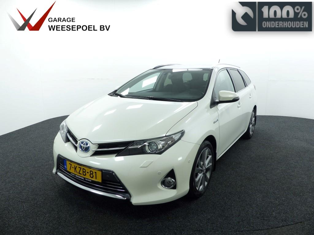 Toyota Auris Hybrid 1.8 cvt touring sports lease pro