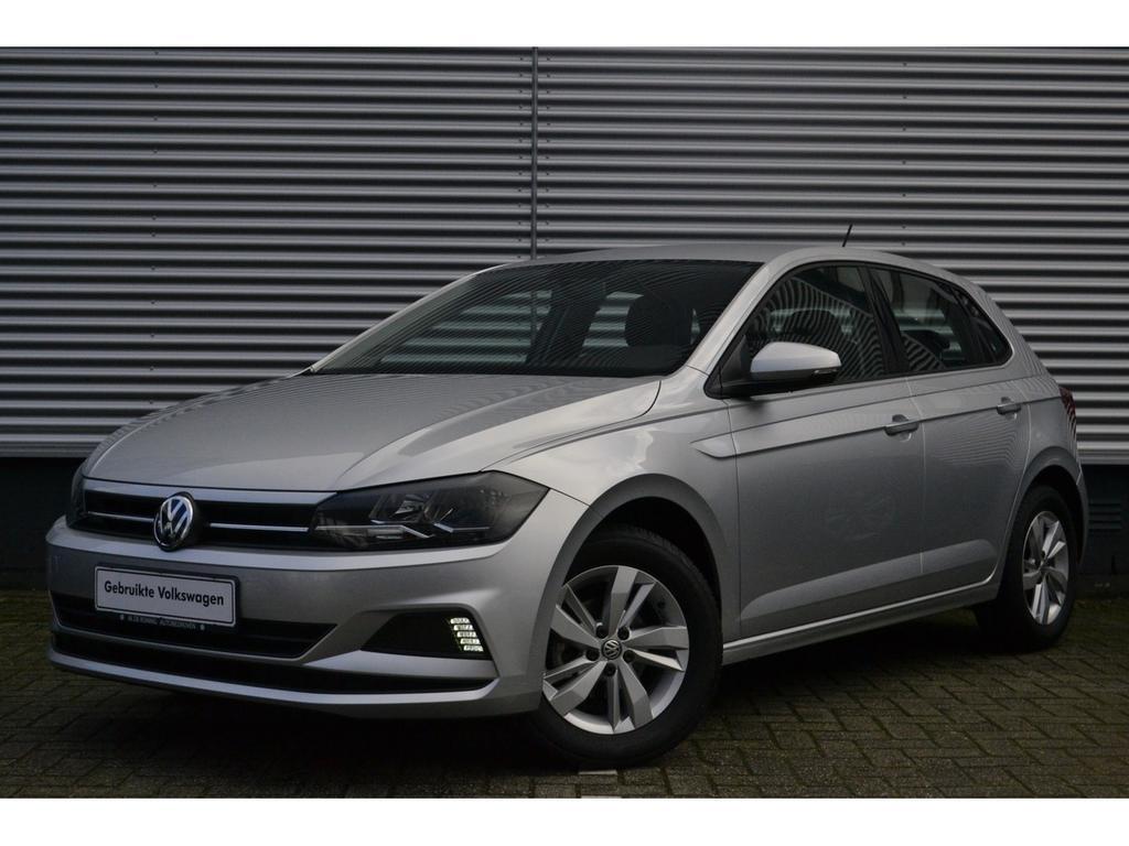 "Volkswagen Polo 1.0tsi 95pk comfortline · ad.cruise control · airco · 15""lm"