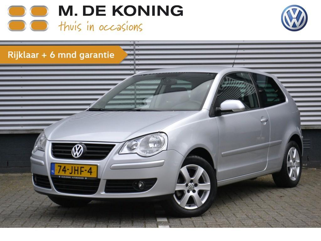 """Volkswagen Polo 1.2 70pk silver edition airco, 15""""lmv, pdc"""
