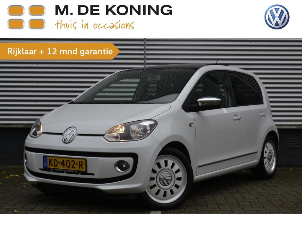 "Volkswagen Up! 1.0 high up executive 60pk 5d navigatie, airco, pan.dak, cruise controle, 16""lm"