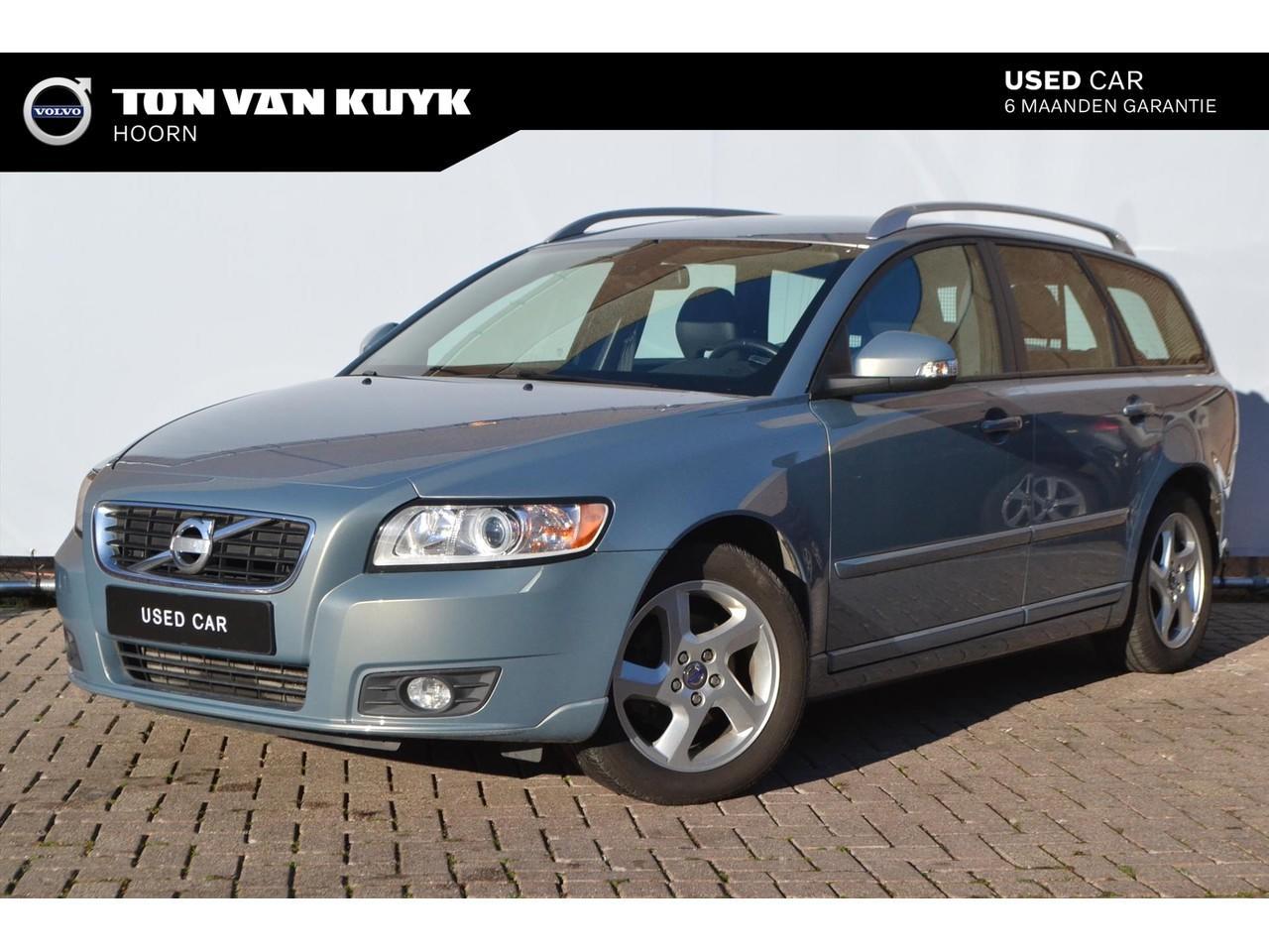 Volvo V50 D2 drive momentum start/stop/ navi/ tel/ climate