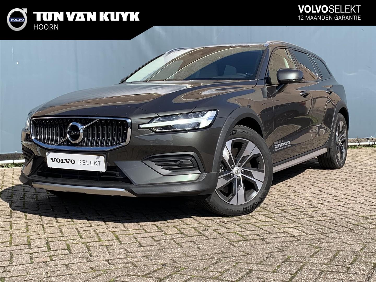Volvo V60 cross country T5 250pk awd geartronic cross country pro