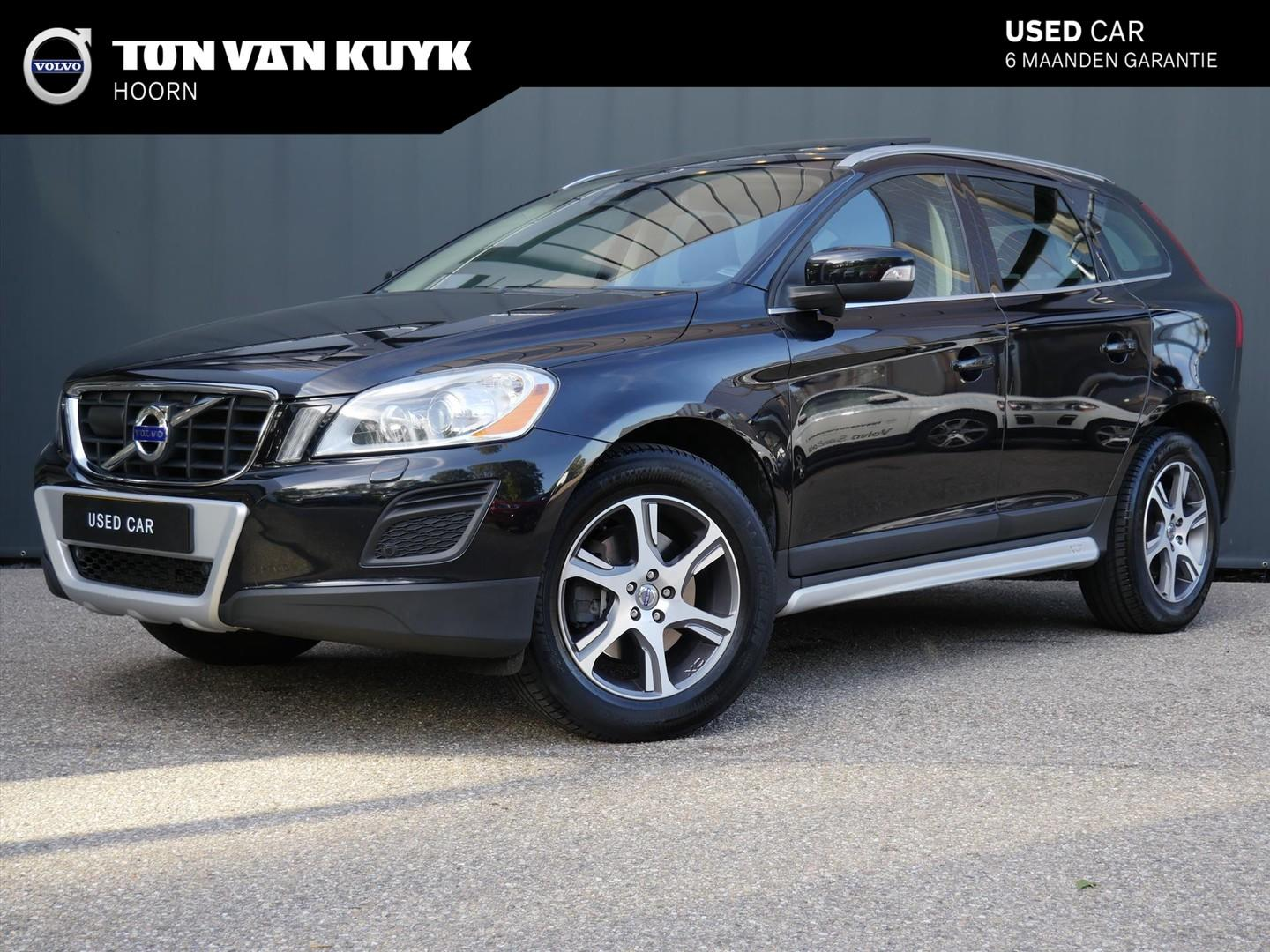 Volvo Xc60 D5 awd geartronic summum / driver support / security line