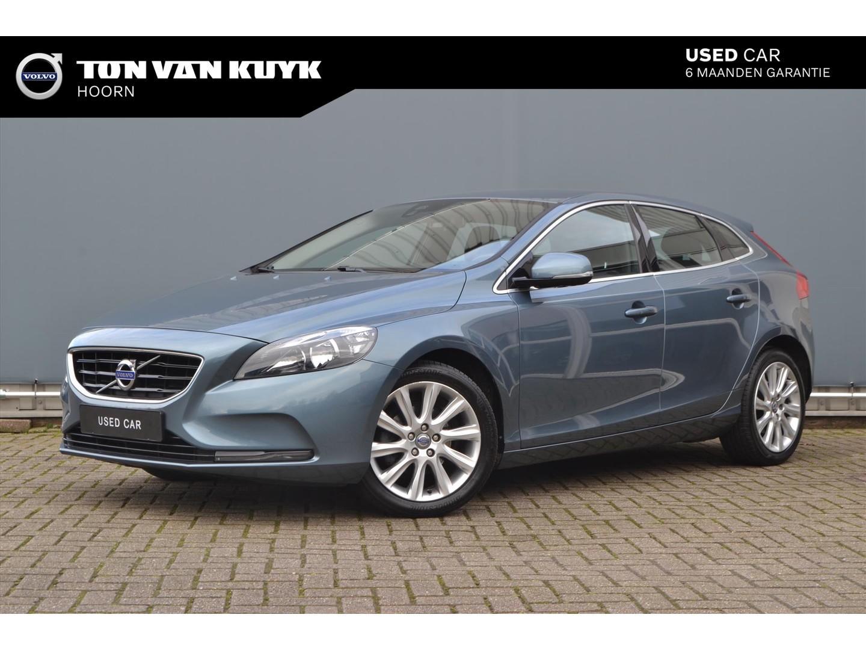 Volvo V40 1.6 d2 115pk momentum/ navigatie/ climate control/ keyless/ trekhaak