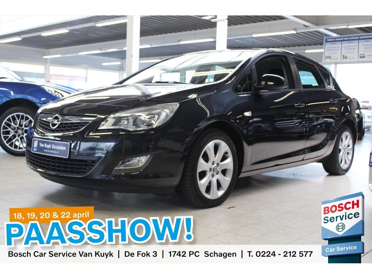 Opel Astra 1.4 turbo 140pk 5d airco / navigatie / 17
