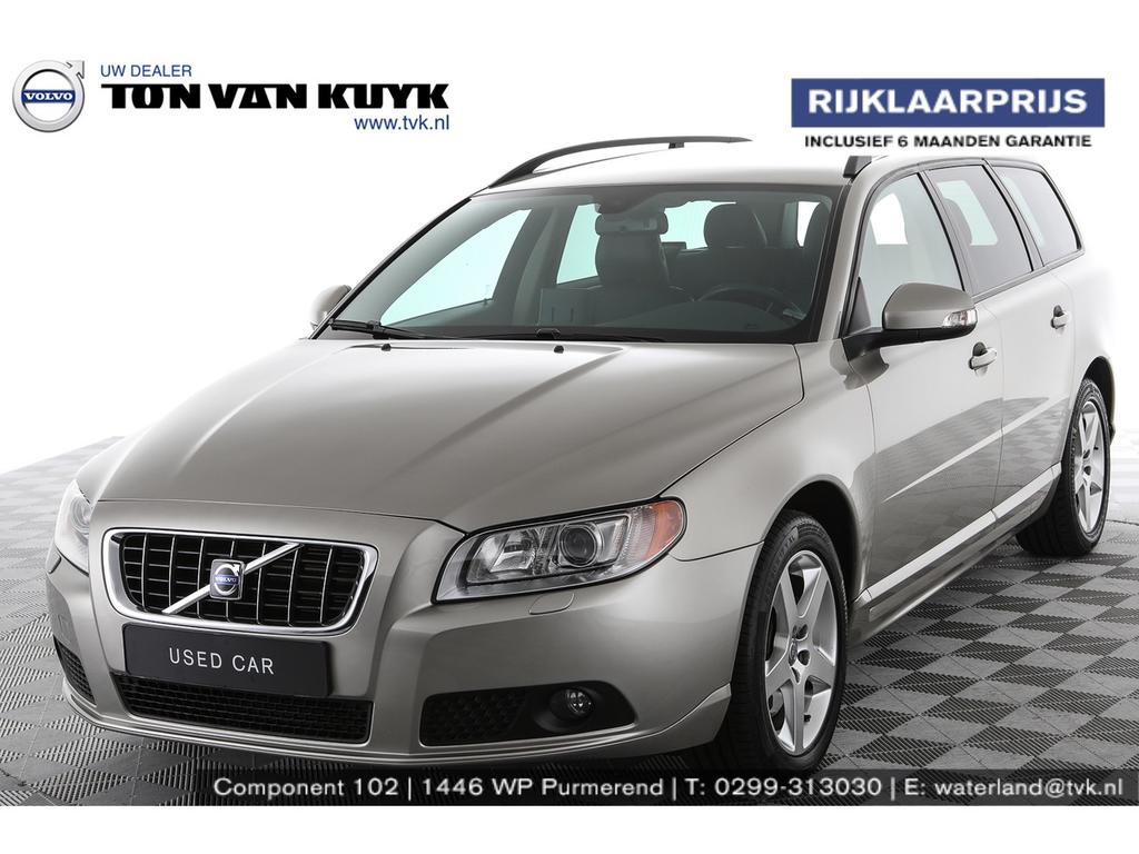 Volvo V70 2.5t aut. momentum / navi / trekhaak / xenon