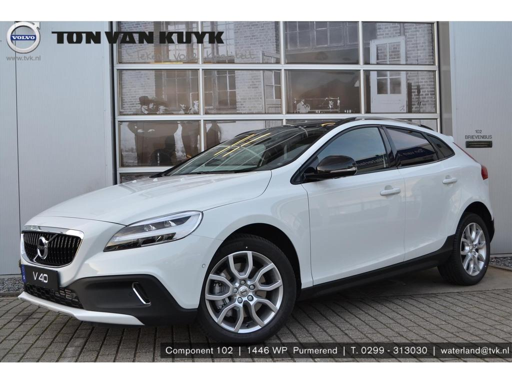 Volvo V40 cross country 1.5 t3 152pk geartr. polar+ luxury / pan. dak / harman kardon /