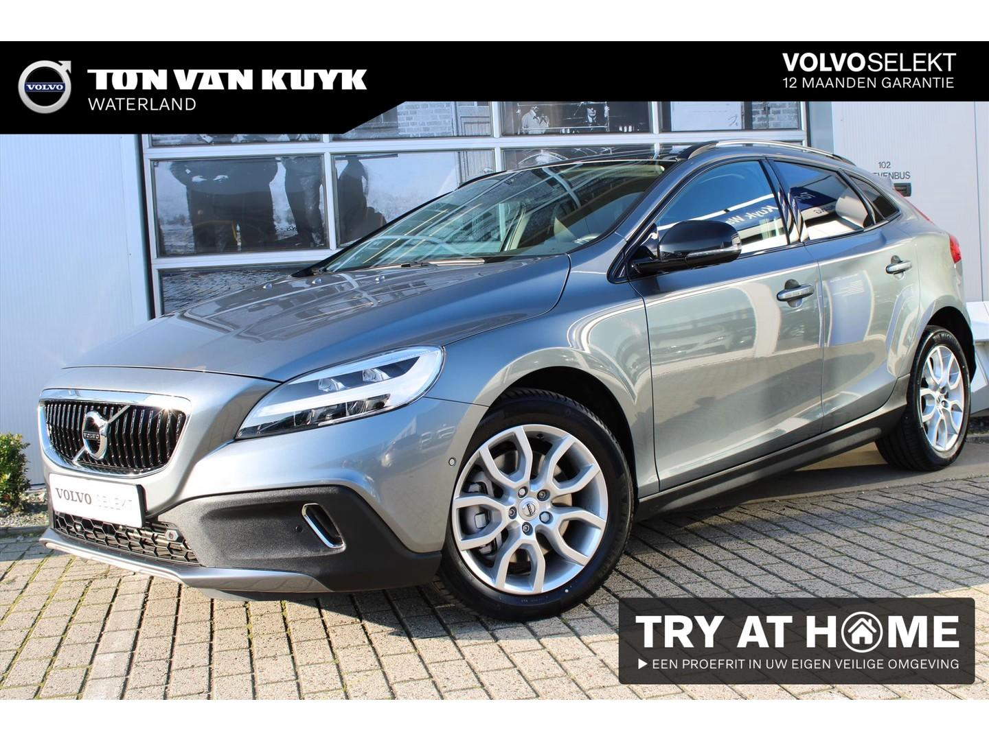 Volvo V40 cross country T3 1.5 152pk automaat polar+ luxury / dab+ / standkachel / harman kardon