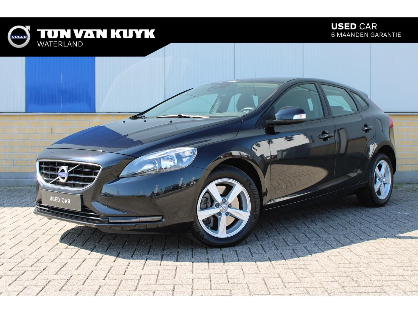 Volvo V40 D4 2.0 190pk kinetic business / business pack connect