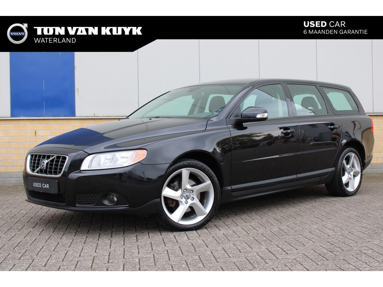 Volvo V70 2.0 145pk kinetic / navigatie / parkeersensoren / 18 inch velgen