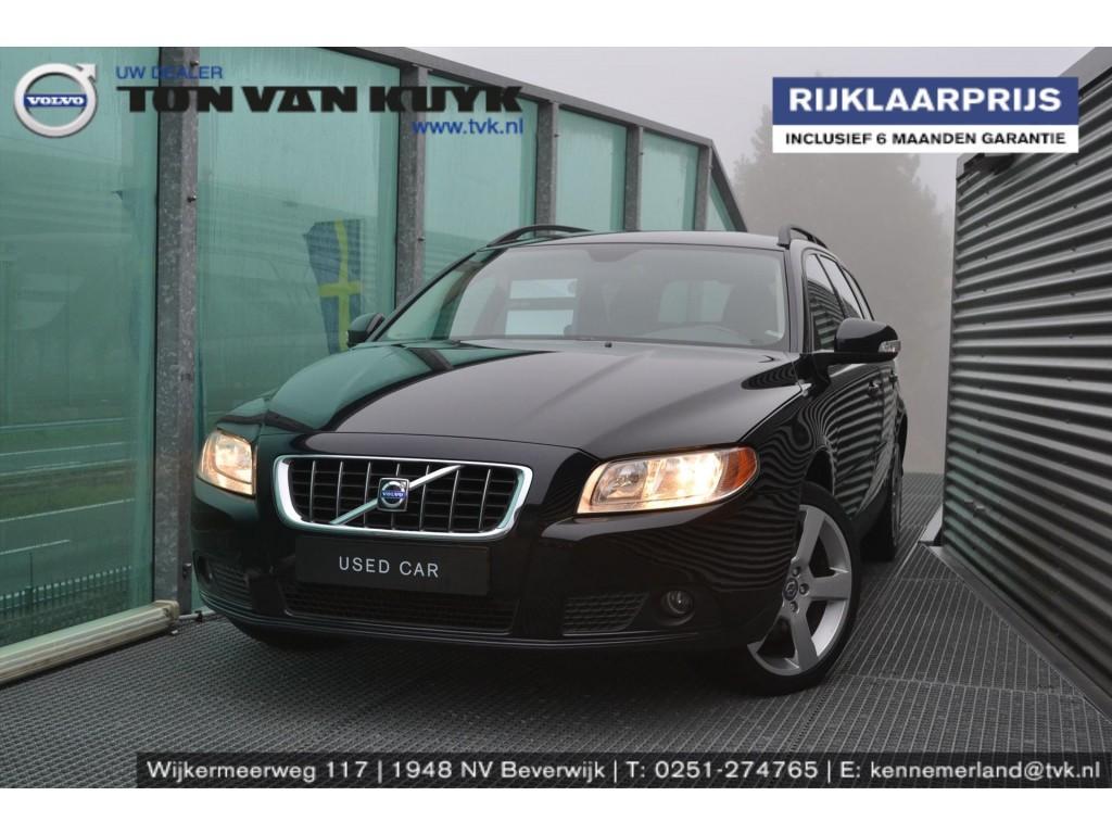 """Volvo V70 2.4 d 120kw aut kinetic / leder / roofrails / trekhaak / 18"""" r"""