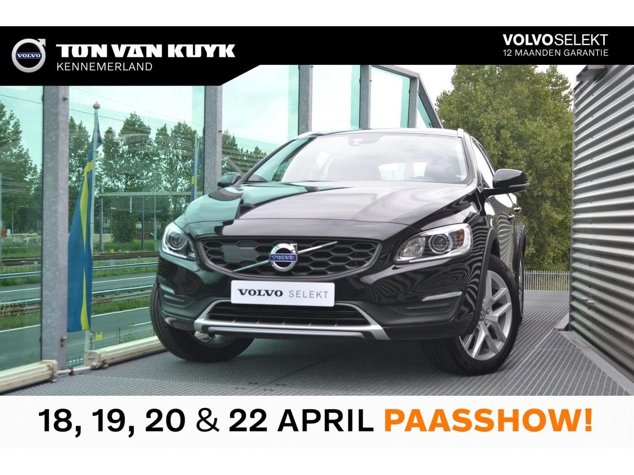 Volvo V60 cross country D3 150pk geartronic nordic+ /xenon/parkeerverwarming