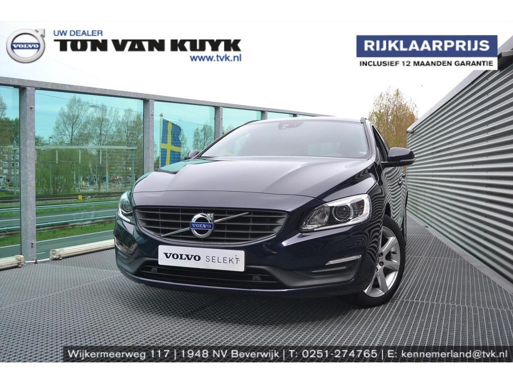 "Volvo V60 D3 150pk geartronic momentum / navigatie / 17"" / stoelverwarming"