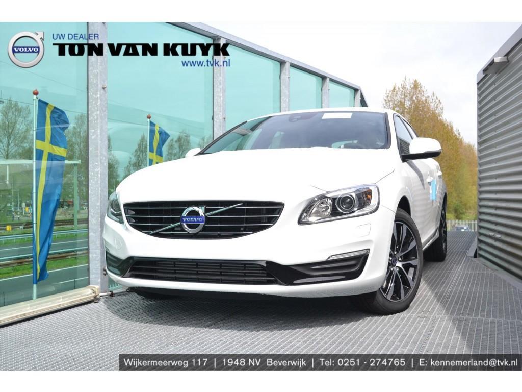 Volvo V60 T2 122pk geartronic polar+ dynamic / 17 inch / leder / on call