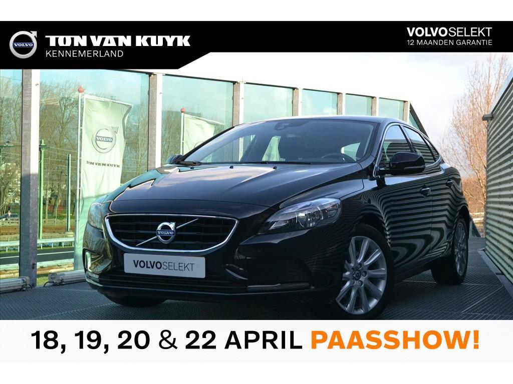 Volvo V40 1.6 t3 150pk momentum / navigatie / 17 inch / bluetooth / dubbel