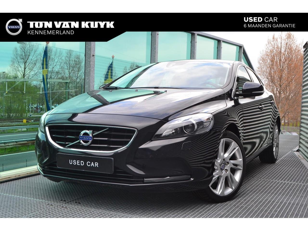 Volvo V40 1.6 t3 150pk summum