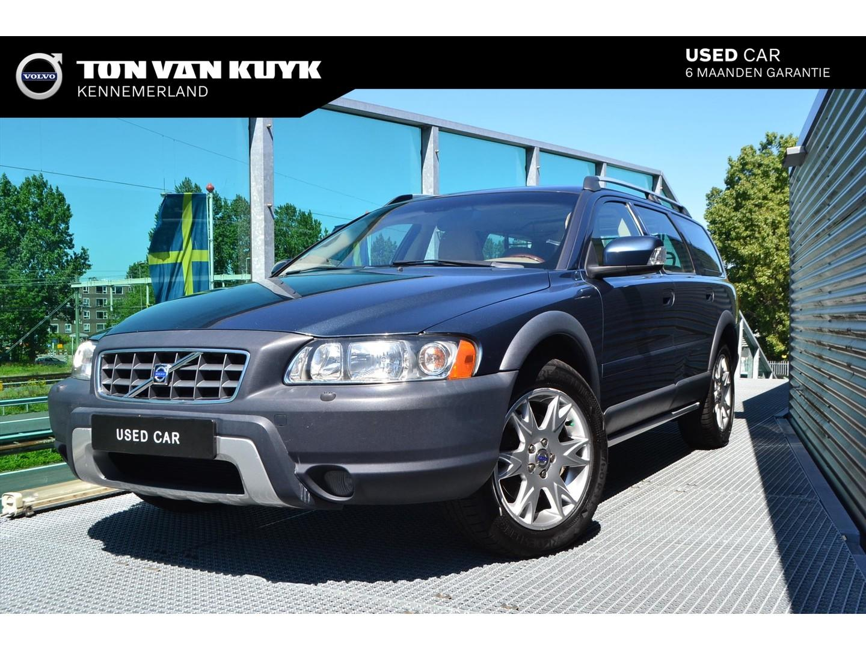 Volvo Xc70 2.4 d5 awd 185pk geartronic momentum / leder / parrot /