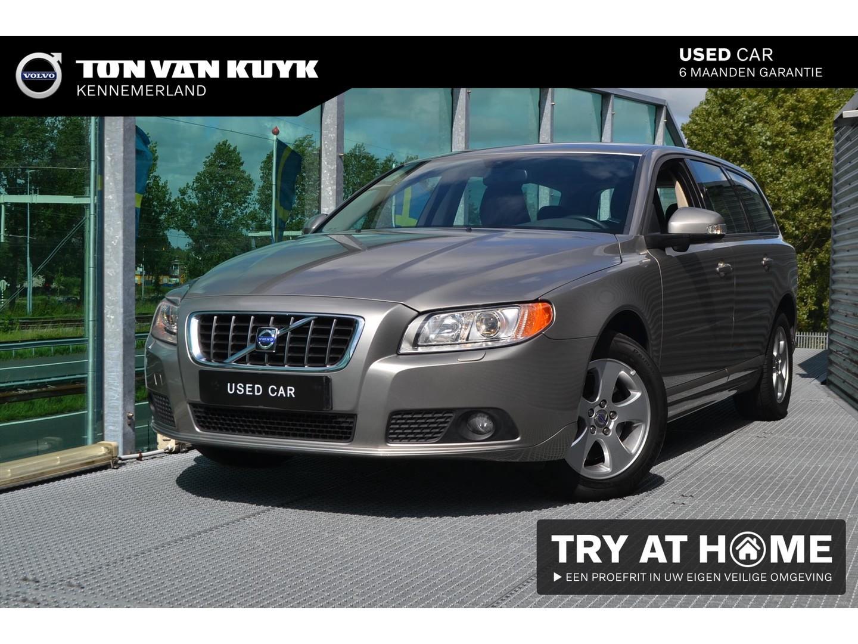 Volvo V70 2.5t 147kw aut momentum / xenon / blis / leder / park assist