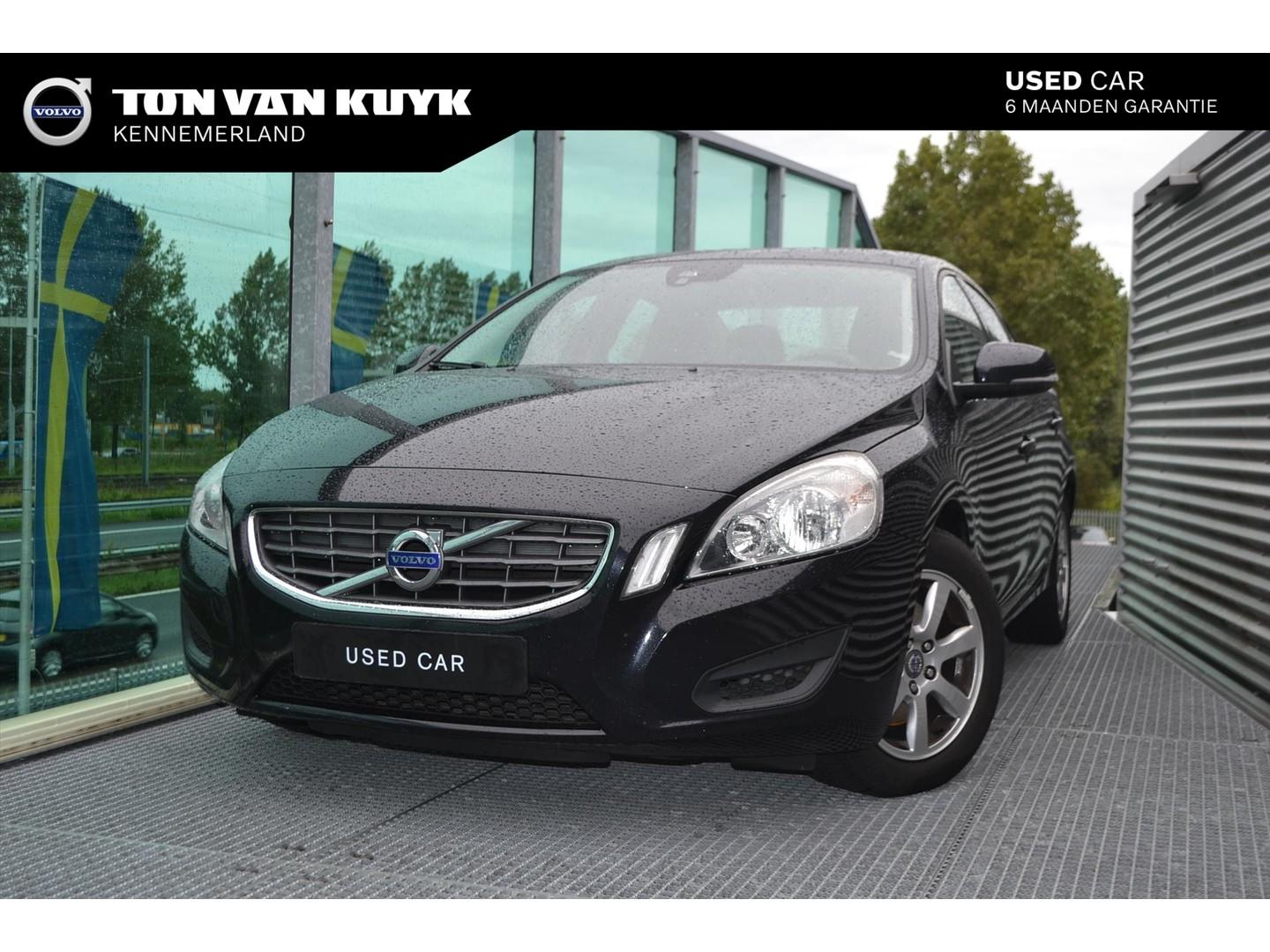 Volvo S60 Drive start/stop 115pk kinetic / navigatie