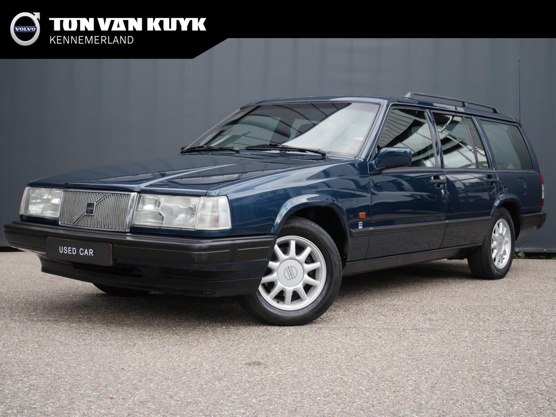 Volvo 940 2.3 automaat / metallic / trekhaak / lm velgen