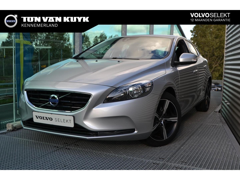Volvo V40 1.6 d2 115pk kinetic / 17 inch r velgen / trekhaak