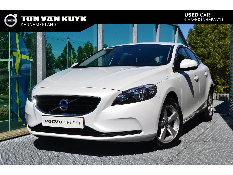 Volvo V40 2.0 d4 190pk momentum business
