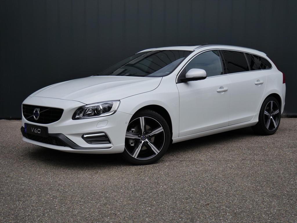 Volvo V60 T4 business sport / intellisafe / luxury line