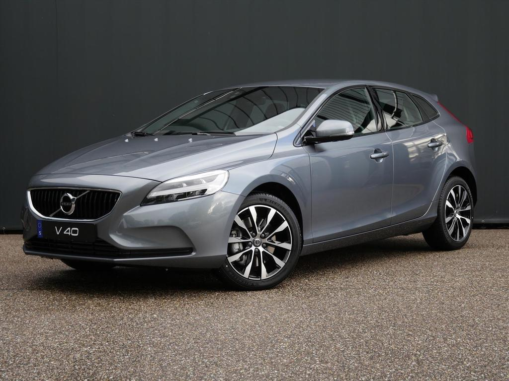 Volvo V40 T3 152pk geartronic dynamic edition / 17