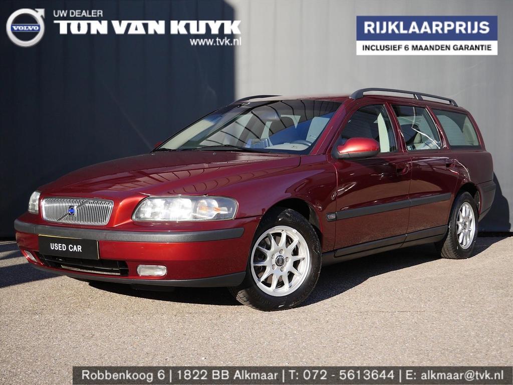 Volvo V70 2.4 140pk aut edition i