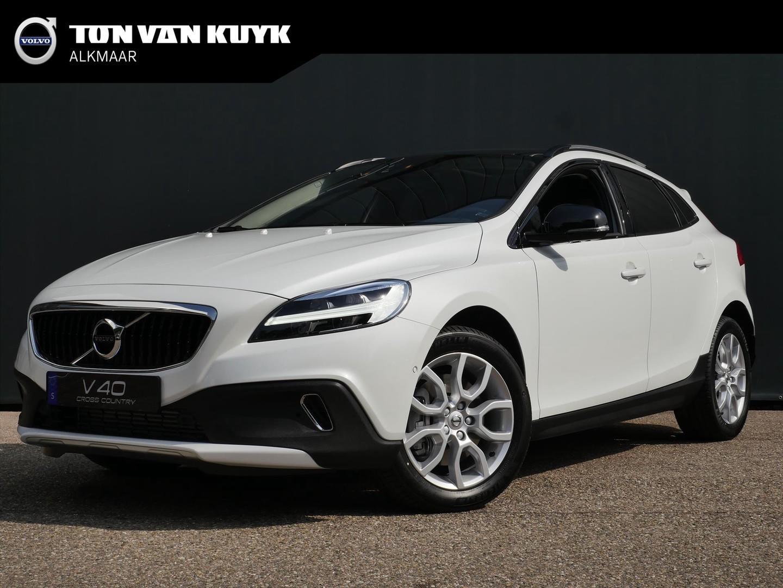 Volvo V40 cross country T3 aut / polar+ luxury / standkachel