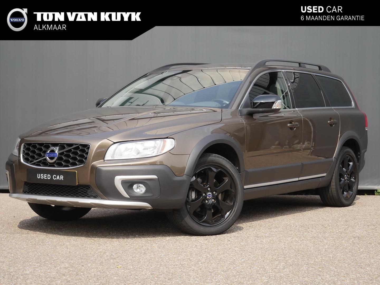 "Volvo Xc70 D4 181pk nordic+ / standkachel / on call / 18"" velgen"