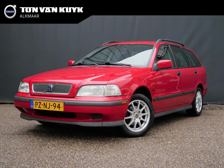 Volvo V40 1.8 comfort / zeer netjes / trekhaak