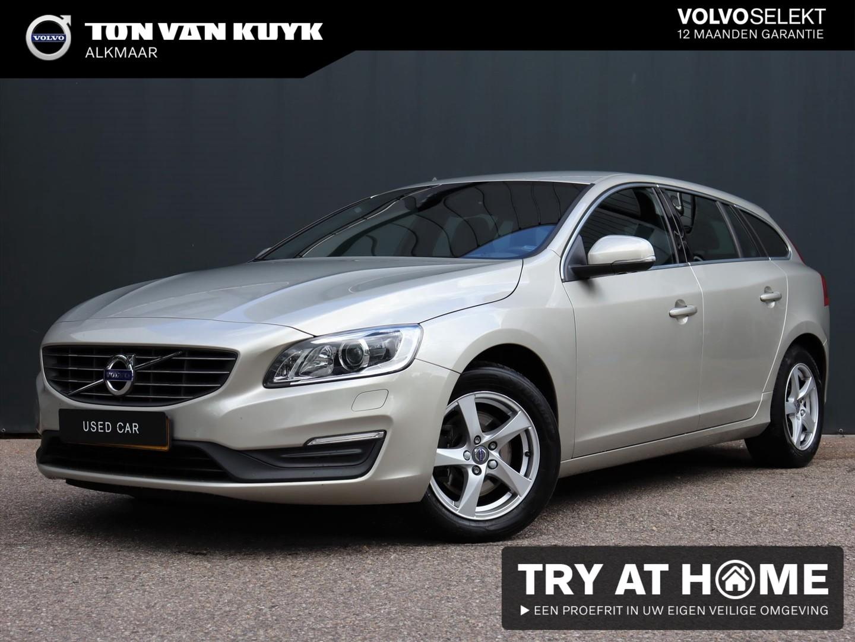 Volvo V60 2.0 d2 120pk nordic+ / trekhaak / sportstoelen / zwarte hemelbekleding